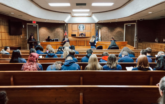 8th grade English class in Walker City Courtroom